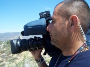 Azteca America cameraman refuses to leave