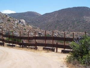 Great fence-border on the west side of Cap Rock