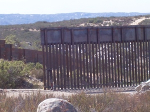 Heavy Duty fence east of La Gloria