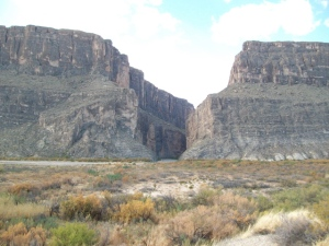 Gettin' closer to Santa Elena canyon