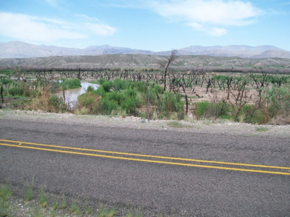 Road and Rio Grande