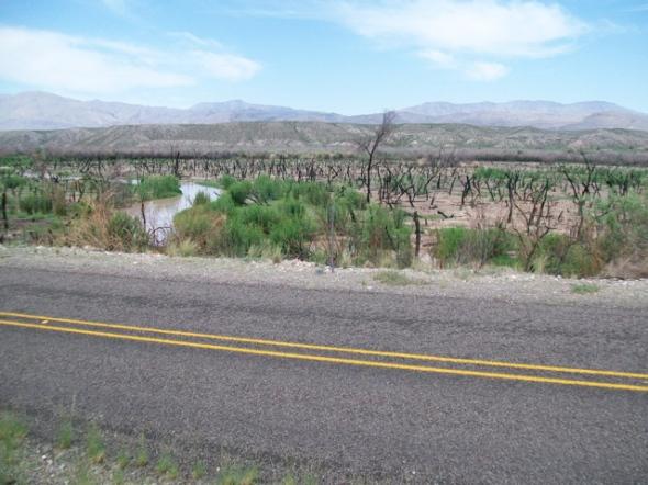 Road and Rio Grande